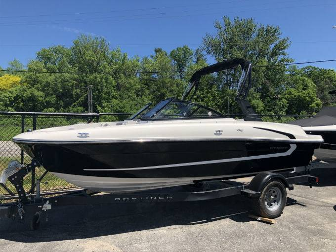 New 2018 BAYLINER VR4