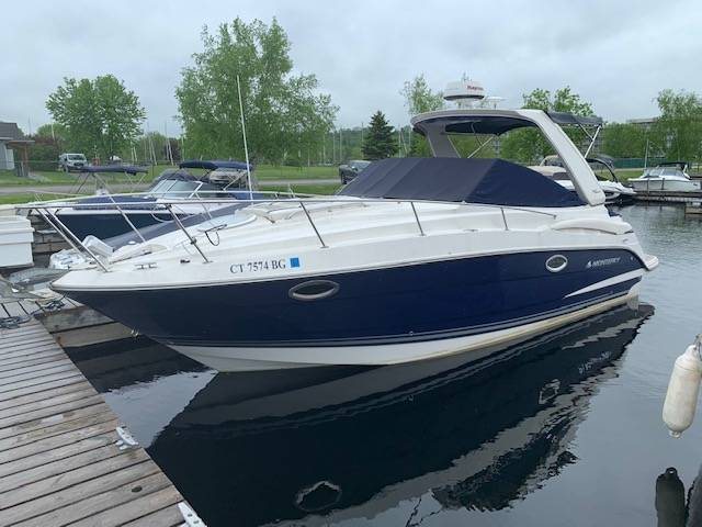 Pre-Owned 2010 MONTEREY 28 SCR