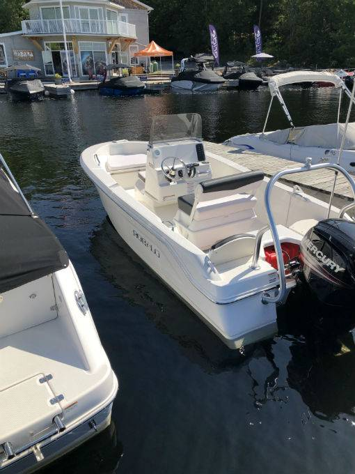 Pre-Owned 2018 ROBALO R160