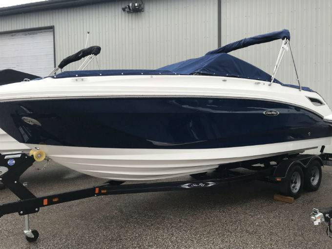 New 2019 SEA RAY SDX 250