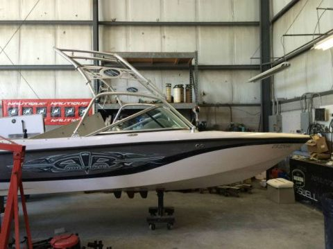 Pre-Owned 2006 NAUTIQUE 210 SUPER AIR