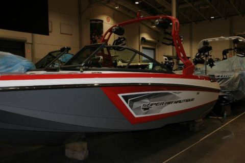 Pre-Owned 2017 NAUTIQUE Super Air GS20