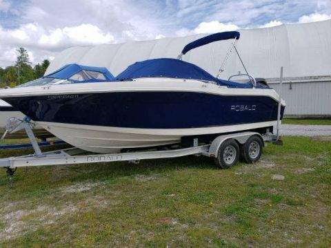 Pre-Owned 2015 ROBALO R207